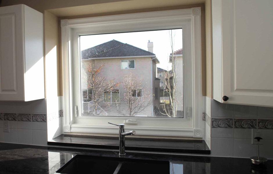 Awning V S Casement Windows Calgary Windows Amp Doors