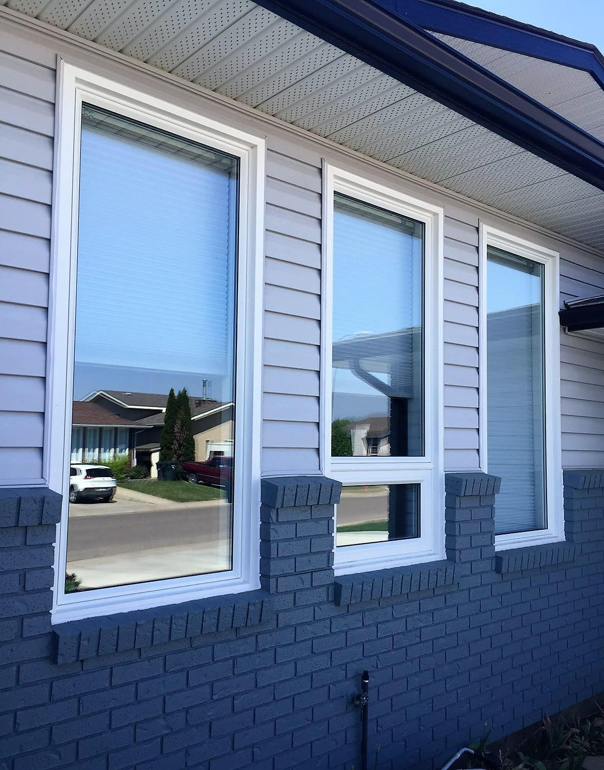 Benefits of installing awning windows calgary windows for Awning replacement windows